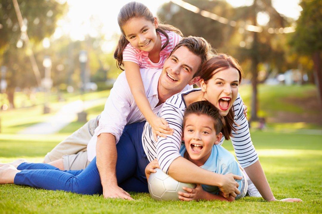 20160403family.jpg
